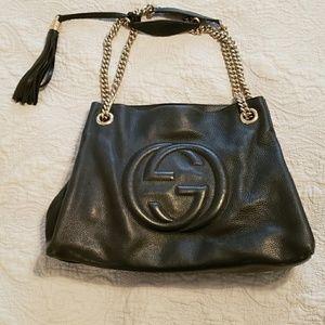 Gucci Bags - GUCCI Pebbles Calfskin Soho Chain Shoulder Bag